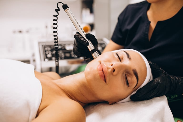 Medical Facial & Peels